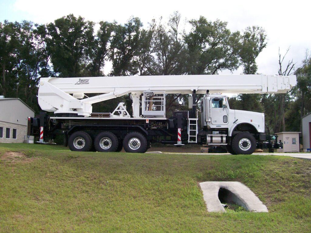 Bronto S200XDT aerial platform