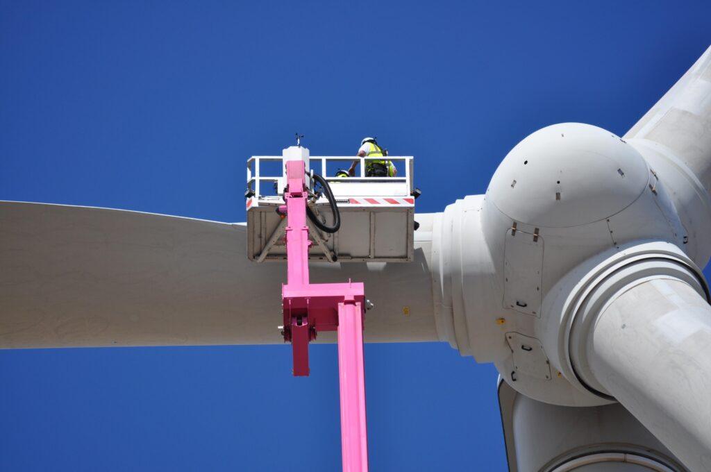 Bronto Skylift S70XDT Pink STH WindFarm Edithburgh Australia 2012 04 20 012