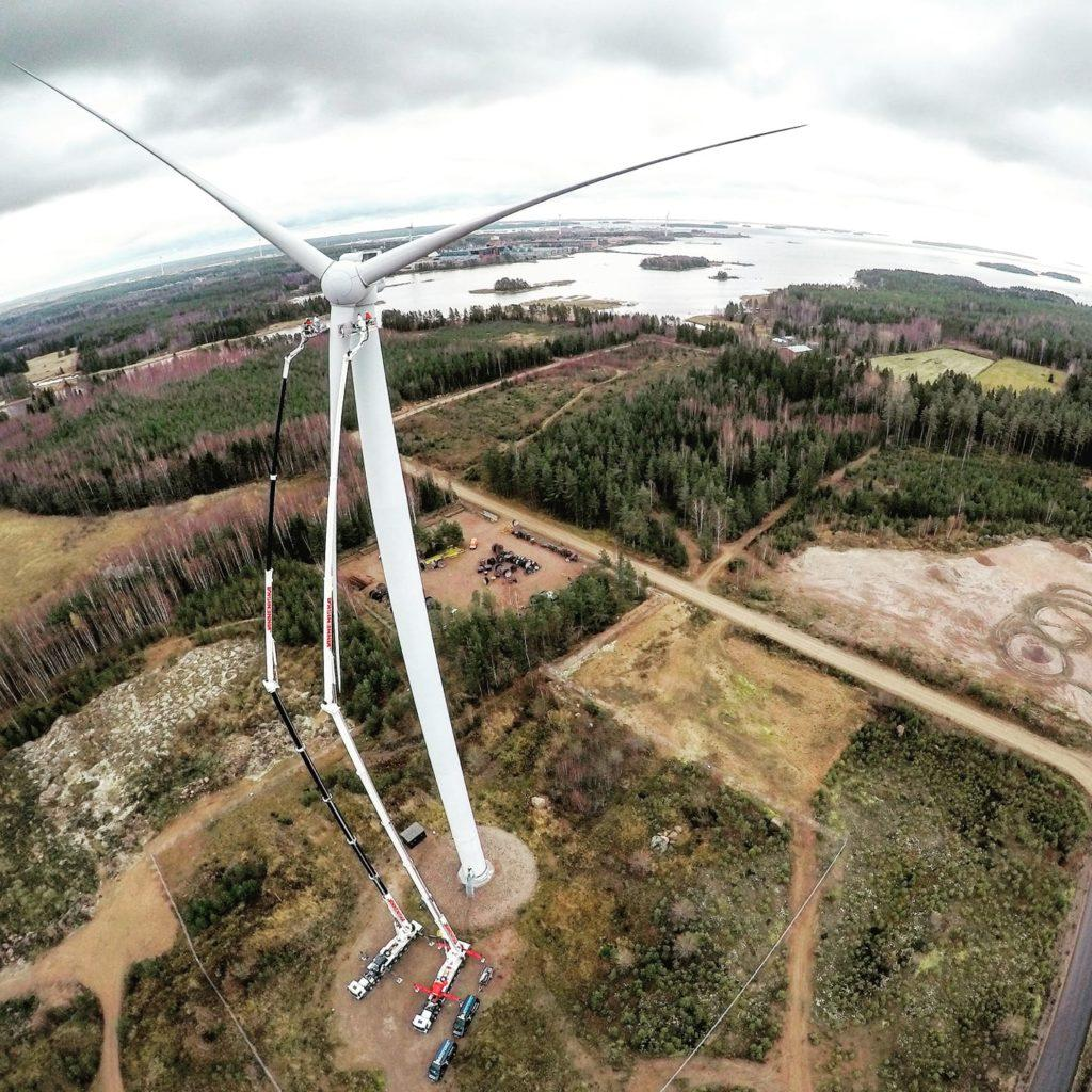 Bronto Skylift aerial platforms and Wind Turbine by Santeri Keränen