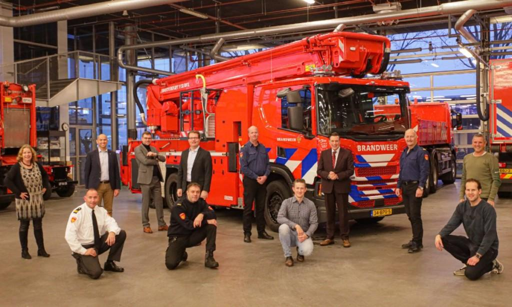 Three new aerial fire fighting platforms for Ijselland