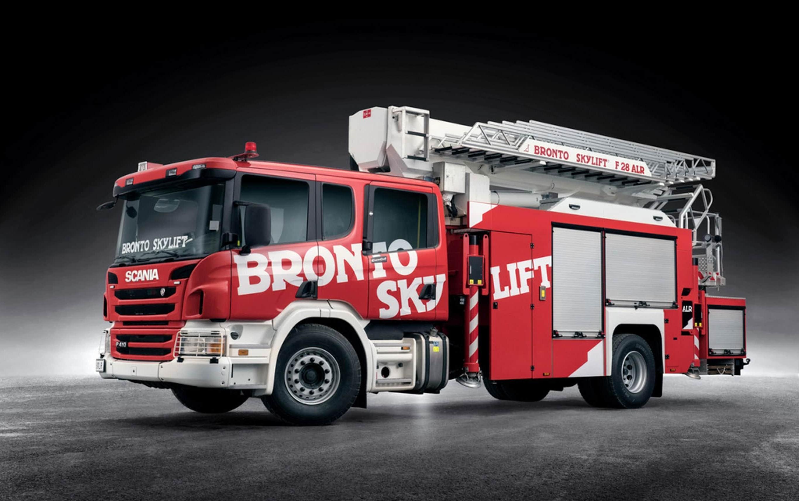 Bronto Skylift F28ALR aerial ladder platform